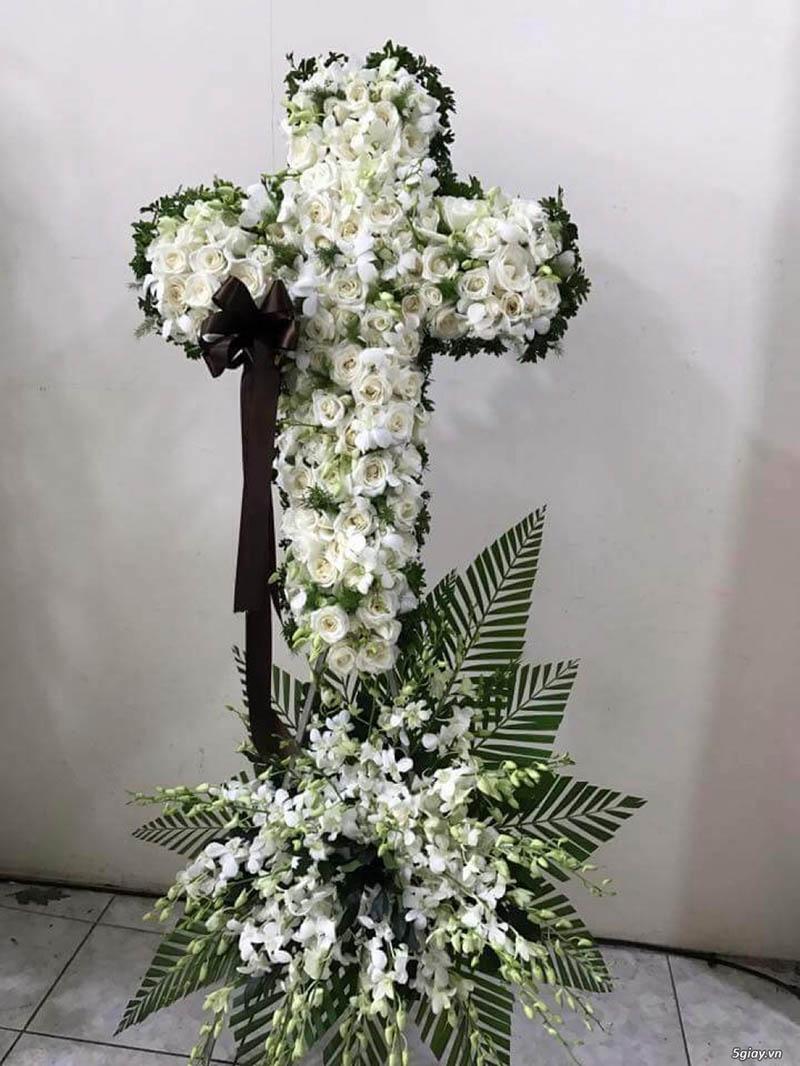 Chọn hoa viếng theo tôn giáo