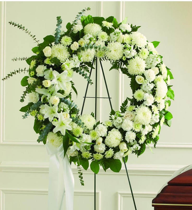 Ý nghĩa vòng hoa chia buồn trong đám tang